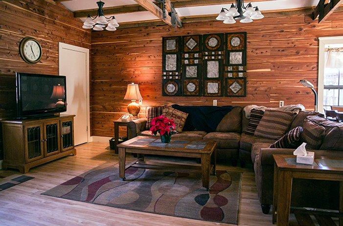 lounge-2callout
